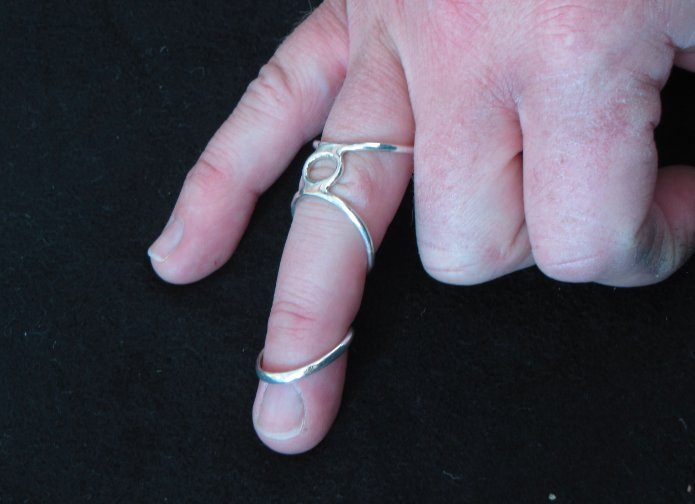 silver ring splint jewelry